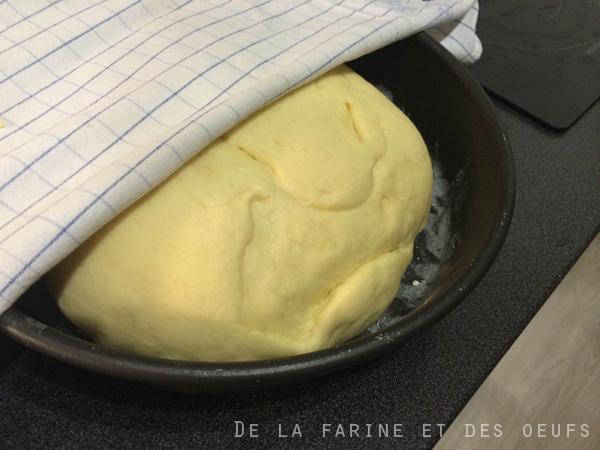Brioche allemande dite brioche buchty de la farine et - Laisser reposer la pate a crepe ...